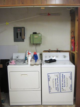 13 - Washer-Dryer Doors open